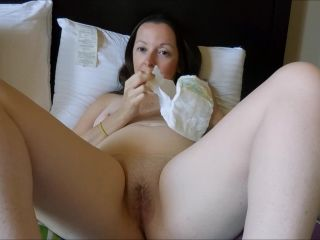 MelanieSweets - Big orgasm and diaper change