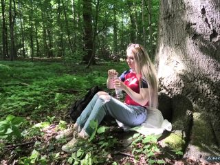 Angie Lynx – Caught in the wood masturbating and fuck