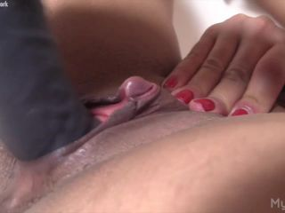 Slave Lauren - Watch What She Does When She's Alone. You'll Wish You Were There.