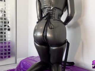 7755 Latex Big Butt