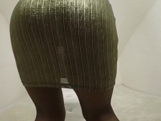 Big tits blonde mom