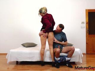 Jenny Smith - Sweet MILF Jenny hardcore pussy gaping and fucking