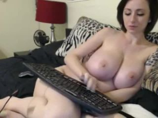 Amazing tits amateur girl