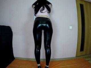 Janet - Shitting In Black Tight Leggins [FullHD 1080P] - Screenshot 6