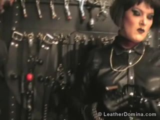 Leather Session Video 462 - Leather Mistress Linda and Leather slave