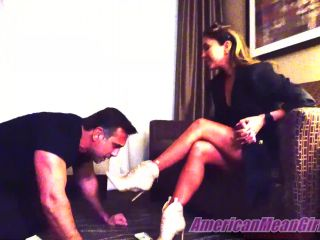 American Mean Girls – Miss Lexi Chase Uses A Simp – FULL CLIP