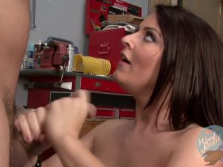 Sophie dee gets her twat examined at the garage