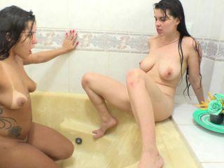 MF-7306-1 Asslicking wet party Rebecca Santos, Demmi