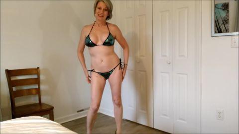Morina - Milf Wants Your Help [FullHD 1080P]