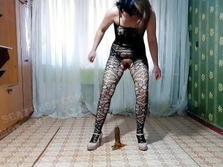 Liquid shit on dick and anal [FullHD 1080P] - Screenshot 6