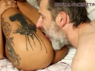 brutal-facesitting  julia love  brutal-facesitting