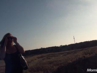 Kassie - Big tits MILF behind the scenes outside