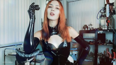 Mistress Euryale starring in video (My electro latex slut) [FullHD 1080P]