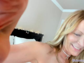 Foot Job For James By Sexy Milf Jess Ryan Full Video HD