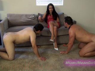 Foot Slave Training – THE MEAN GIRLS – Real Foot Reward – Princess Bella
