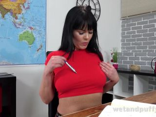 Wet And Puffy – Julia Black