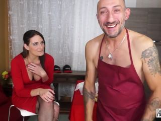 Marie Clarence – Brunette amateur eats Omar Galanti's cum after blowjob for Italian porn (HD)
