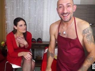 Marie Clarence – Brunette amateur eats Omar Galanti's cum after blowjob for Italian porn (HD)