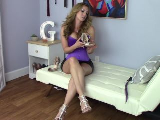 Highly arched feet – Goddess Gwen – New Shoes Foot Worship