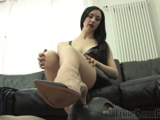 Femmefatalefilms - Lady Mephista - Obedience - foot play on fetish porn