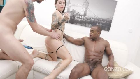 Jess Mori - Jess Mori welcome to Gonzo with her first double penetration (720p)