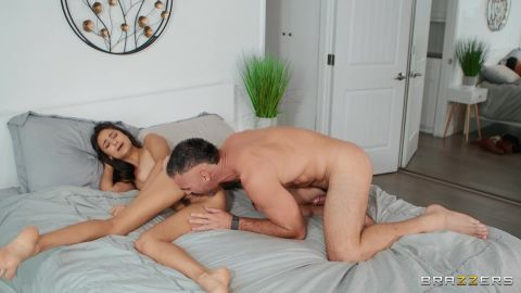 Eliza Ibarra - Horny In The Morning [FullHD 1080P]