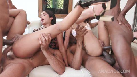 Polly Petrova, Natasha Rios - Brazilian slutsPolly PetrovaandNatasha Riosfisting each other's ass before hot 4on2 with DP and DAP YE113 [HD 720P]