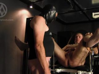 Make Me Bi – Mistress Nikki Whiplash – WL1241 Forced to lick asshole