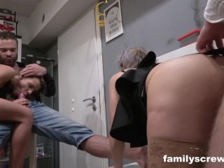 Porn online Familyscrew presents Family Visit Swingers Club