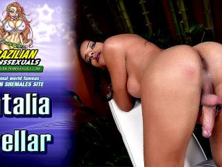 Online shemale video Gorgeous Natalia Avellar