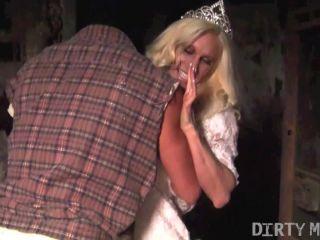 Ashlee Chambers - Beauty Queen