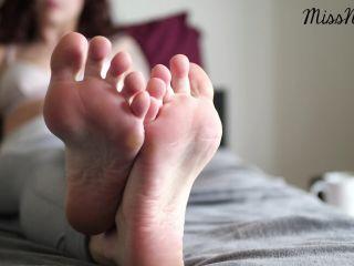 Mistress Nova – Post Workout Foot Ignore