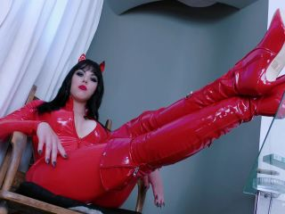 Young Goddess Kim - Deal With The Devil - young goddess kim on fetish porn