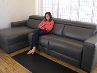 Janira Wolfe – Mommy's Not Afraid To Get Messy