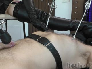 Divine Mistress Heather - Making Me Wet - Part 3 - FemmeFataleFilms (FullHD 2020)