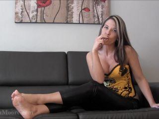 Amyleen Moore – Smokey joi