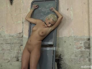 machine dom: daisy lee dildo-fucked after a pickup