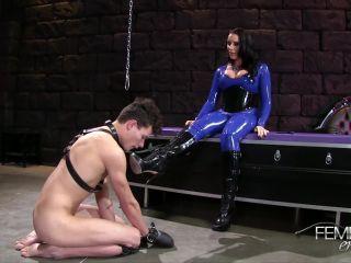 Bondage – VICIOUS FEMDOM EMPIRE – Bottom Boot Feeder Starring Mistress Austin Lynn