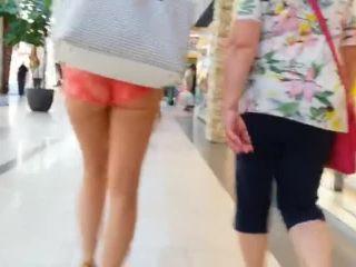 Super hot amar ass public creep spy cam 854