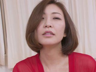 HEYZO 1981 美熟女HITOMIにブッカケる! – HITOMI