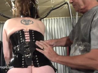 Latex Porn – 8192 – On The Sybian Jg-Leathers 1