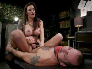 Corporal Punishment – Divine Bitches – Divine Therapy – Gia DiMarco Uses Unconventional Procedures to Punish – Gia DiMarco