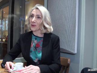 JacquieEtMichelTV presents Julie, professeur de francais – 20.12.2017