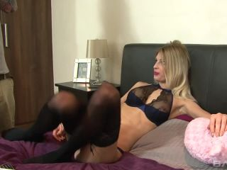Coed Mandy Slim Gets A Creampie Inside Her Smooth Pussy Mandy Slim