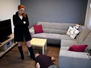 Footdom – Czech Soles – Taking advantage of her boy-toy – Megan