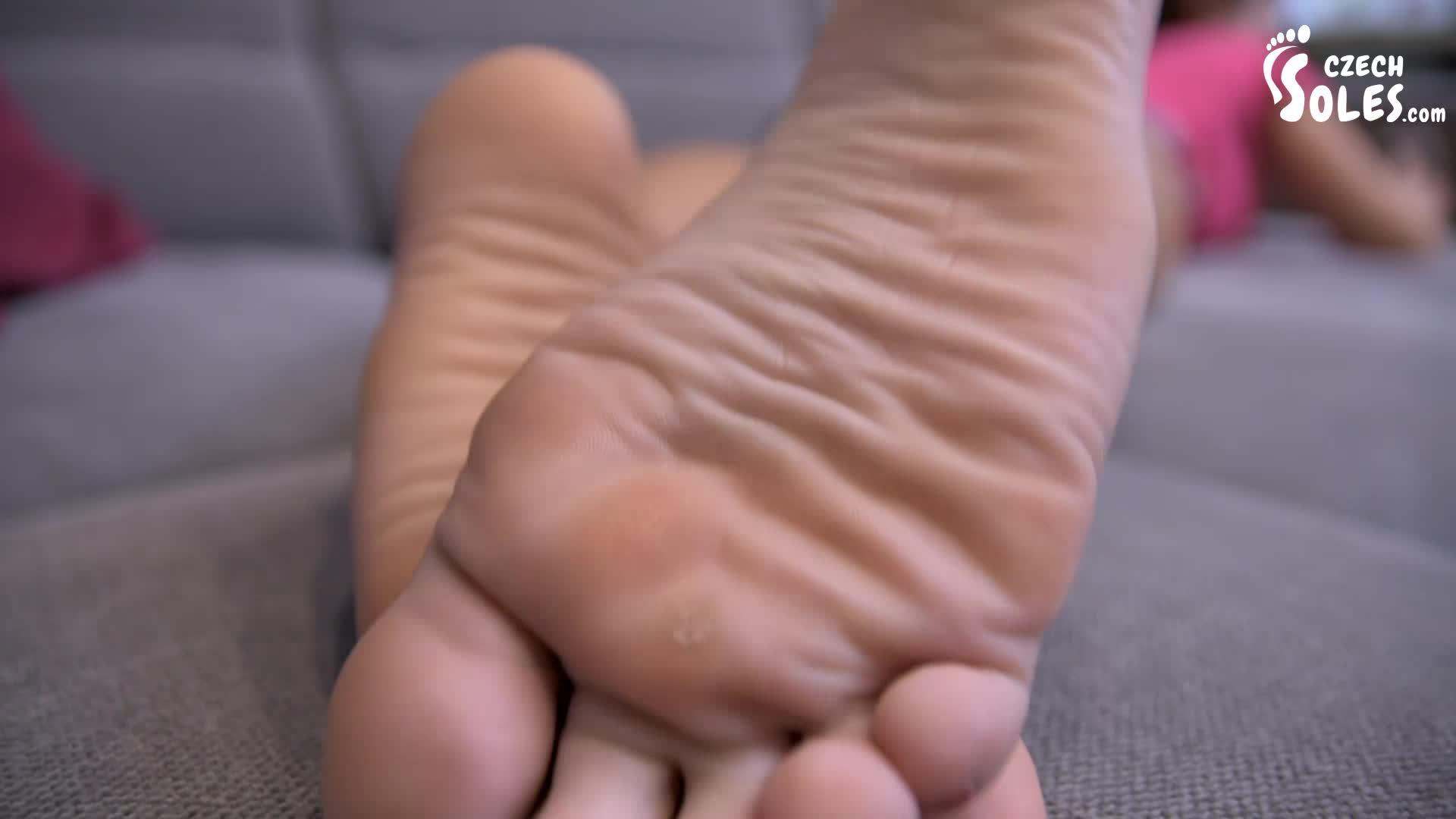 Husband Licks Wifes Pussy