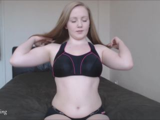 Wrinkled soles – Kaidence King – Sweaty Feet Licking Instructions, find your fetish on femdom porn
