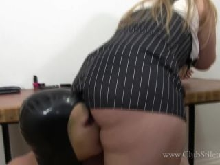 Lick Mistress Ass – Club Stiletto FemDom – OFFICE SLAVE SO DESPERATE TO LICK MY ASSHOLE – Skylar