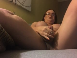 t tranny strokes in hotel room and squirts
