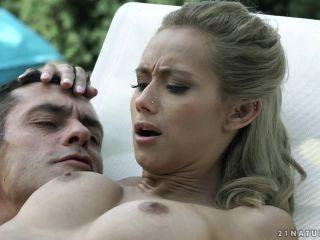 Veronica Leal (HD)